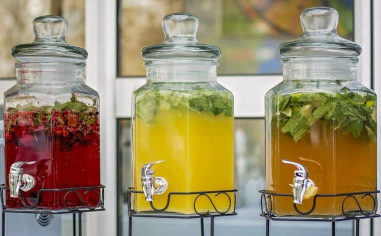juicer with glass container