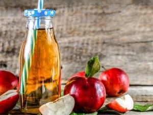why does apple juice make you poop